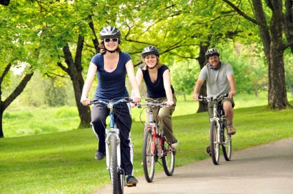 group-of-people-bike-riding